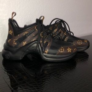 Shoes - LV Fashionable Sneakers